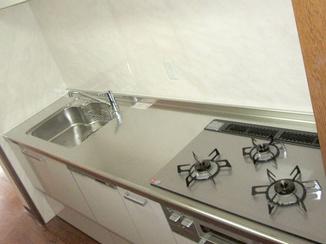 キッチンリフォーム コストを抑えて良質なキッチン&バスルーム