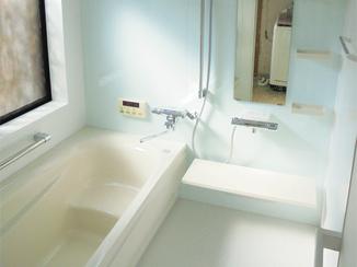 バスルームリフォーム 断熱効果のある床・浴槽・風呂フタで、あたたかな浴室に。