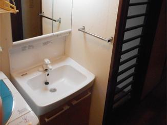 洗面リフォーム 収納スペースが増えて見た目もスッキリ