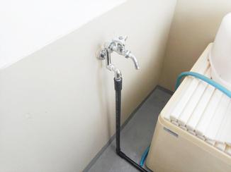 小工事 浴室から分岐して蛇口を新設