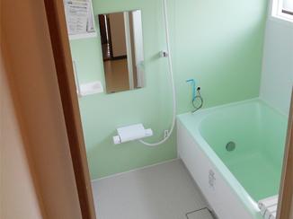 バスルームリフォーム ご高齢の一人暮らしでも安心して生活できる水廻りリフォーム