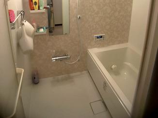 バスルームリフォーム お湯を入れる時に音がするのを解消したユニットバスと給湯器