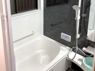 バスルームリフォーム 暖房機を設置し、暖かく過ごしやすくなったバスルーム