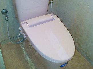 トイレリフォーム 暖かい便座で快適なトイレ