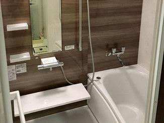 バスルームリフォーム 温かい床で快適なバスルーム